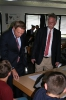 Parteichef Christian Lindner informiert sich am AFG über den Unterricht mit iPads_14