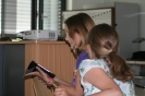 Parteichef Christian Lindner informiert sich am AFG über den Unterricht mit iPads_19