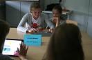 Parteichef Christian Lindner informiert sich am AFG über den Unterricht mit iPads_21