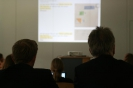 Parteichef Christian Lindner informiert sich am AFG über den Unterricht mit iPads_26